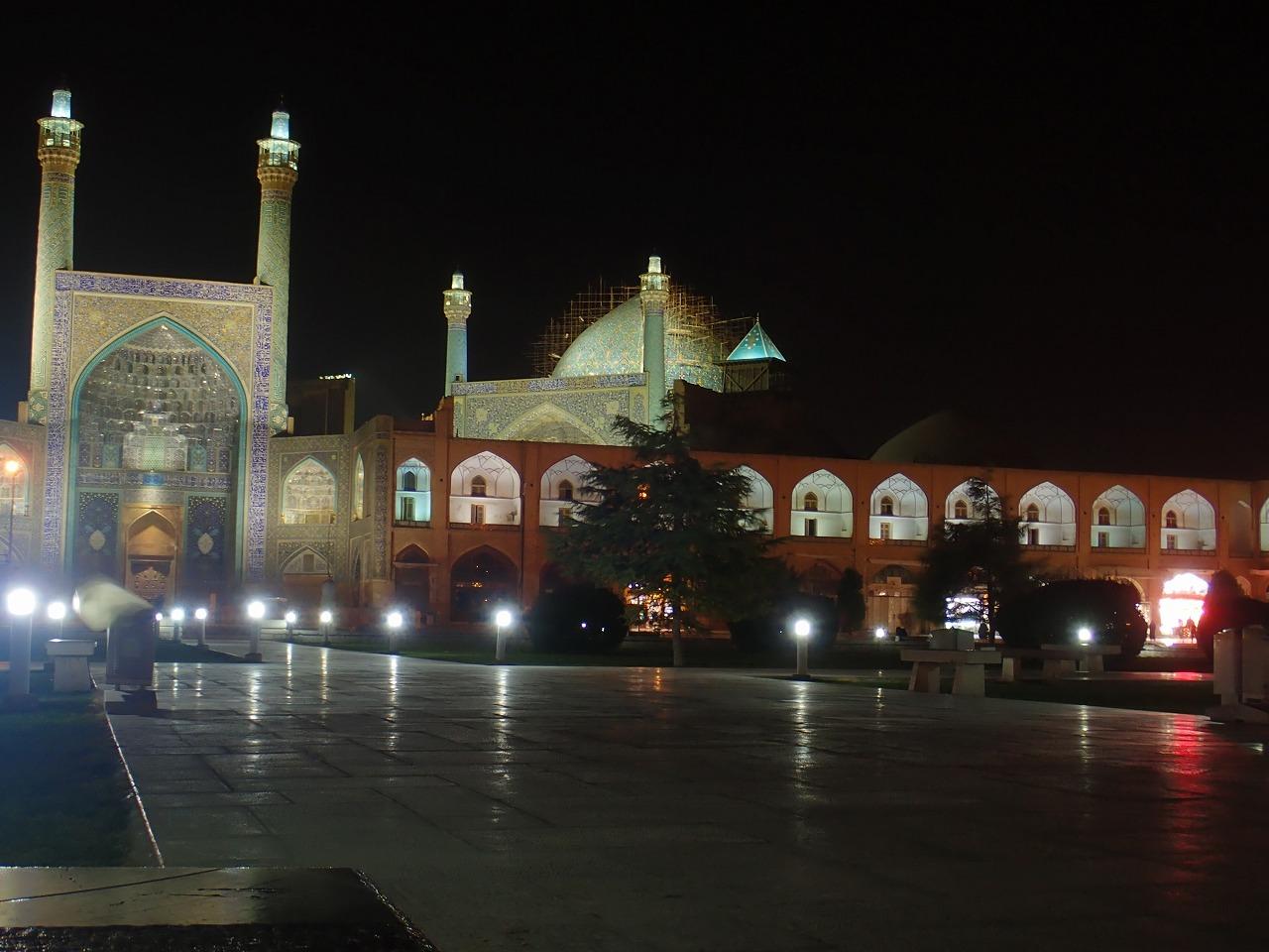夜のイマーム広場