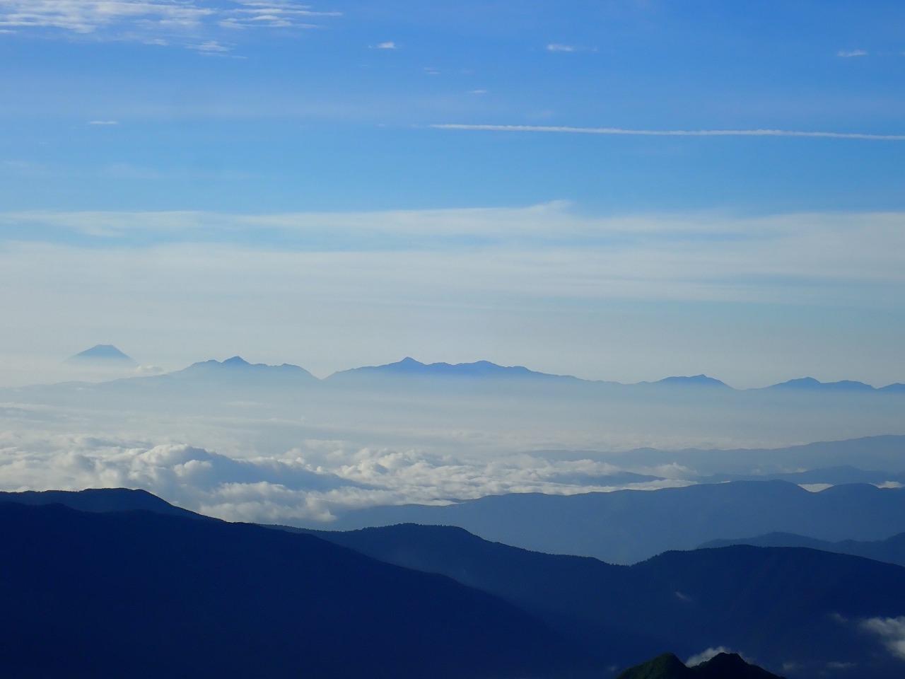 槍の穂先から富士山
